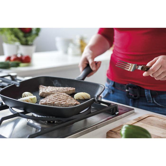 Сковорода-гриль ENERGY (28х28 см)