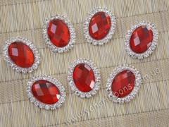 Камни овальные в стразовом обрамлении красные