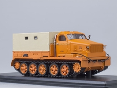 AT-T heavy tractor board with awning orange Start Scale Models (SSM) 1:43