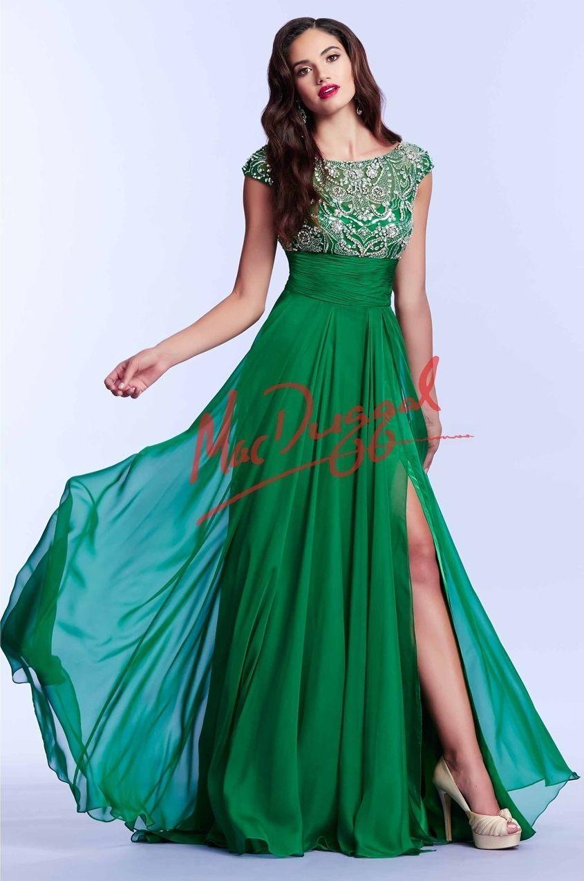 Mac Duggal 10008 Зеленое платье в пол, лиф украшен камнями, юбка длинная и пышная с экстравагантным разрезом