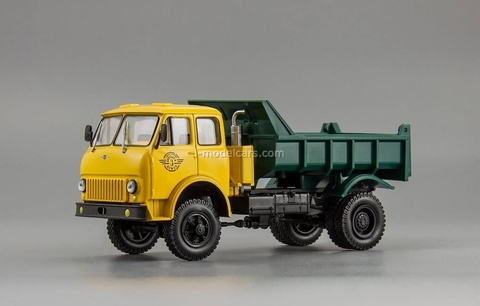 MAZ-509B dumper yellow-green 1:43 Nash Avtoprom