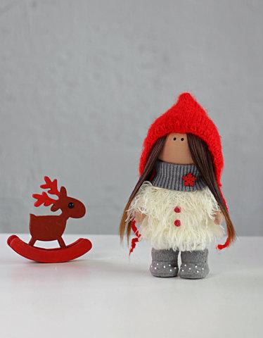 Лялька Агнес. Колекція La Petite