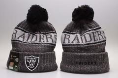 Шерстяная вязаная шапка футбольного клуба Raiders (NFL) с помпоном серая