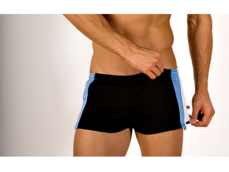 Мужские шорты ултракороткие пляжные черного цвета с полосками AussieBum Shorts Black