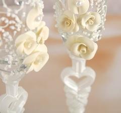 Набор свадебных бокалов «Розы», с лепниной и бисером, белый, фото 2