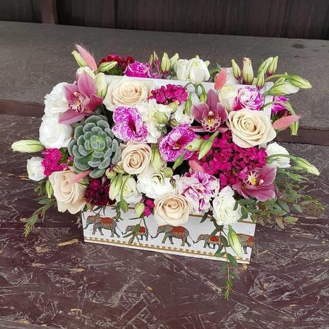 Ящик с цветами Весенний 12