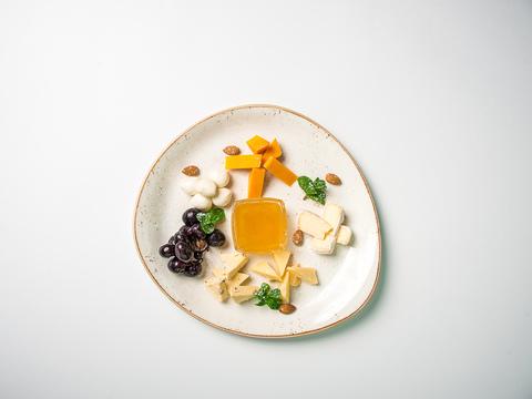 Сырная тарелка165/150г