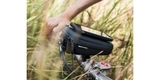 Кейс для велосипеда с держателем для смартфона SP Wedge Case Set пример использования