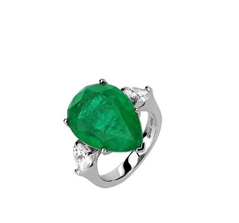 10787- Кольцо из серебра с изумрудным, каплевидным кварцем