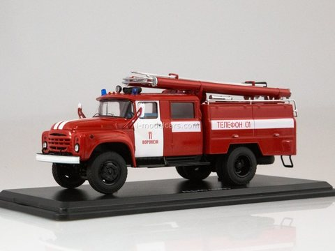 ZIL-130 AC-40 (130) Voronezh fire engine tank 1:43 Start Scale Models (SSM)