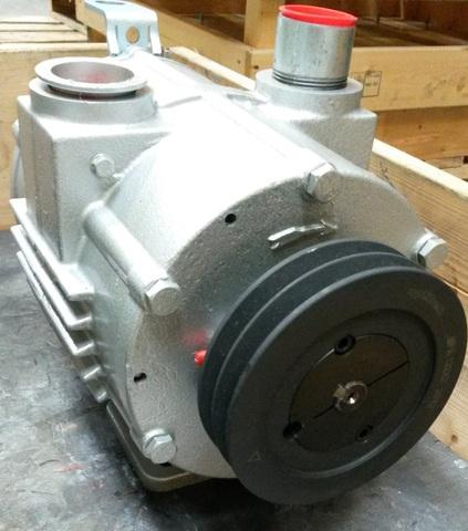 13980 Насос вакуумный, пластинчато-роторный SACCO 1300