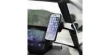 Автомобильный держатель-присоска SP Suction Mount с телефоном