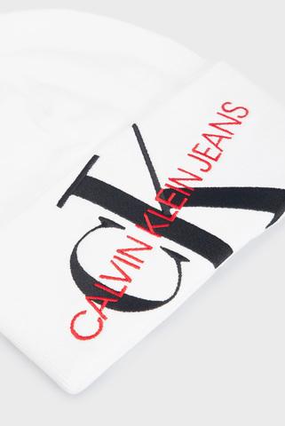 Женская белая шапка CKJ BEANIE 45 Calvin Klein