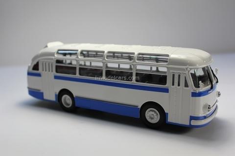 LAZ-695E white-blue Classicbus 1:43