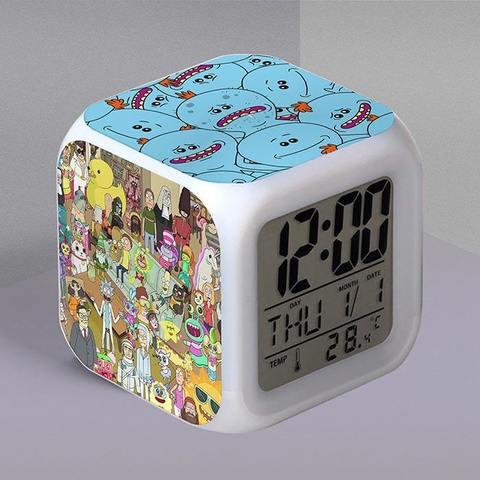 Часы-будильник с Мисиксами и кадром из