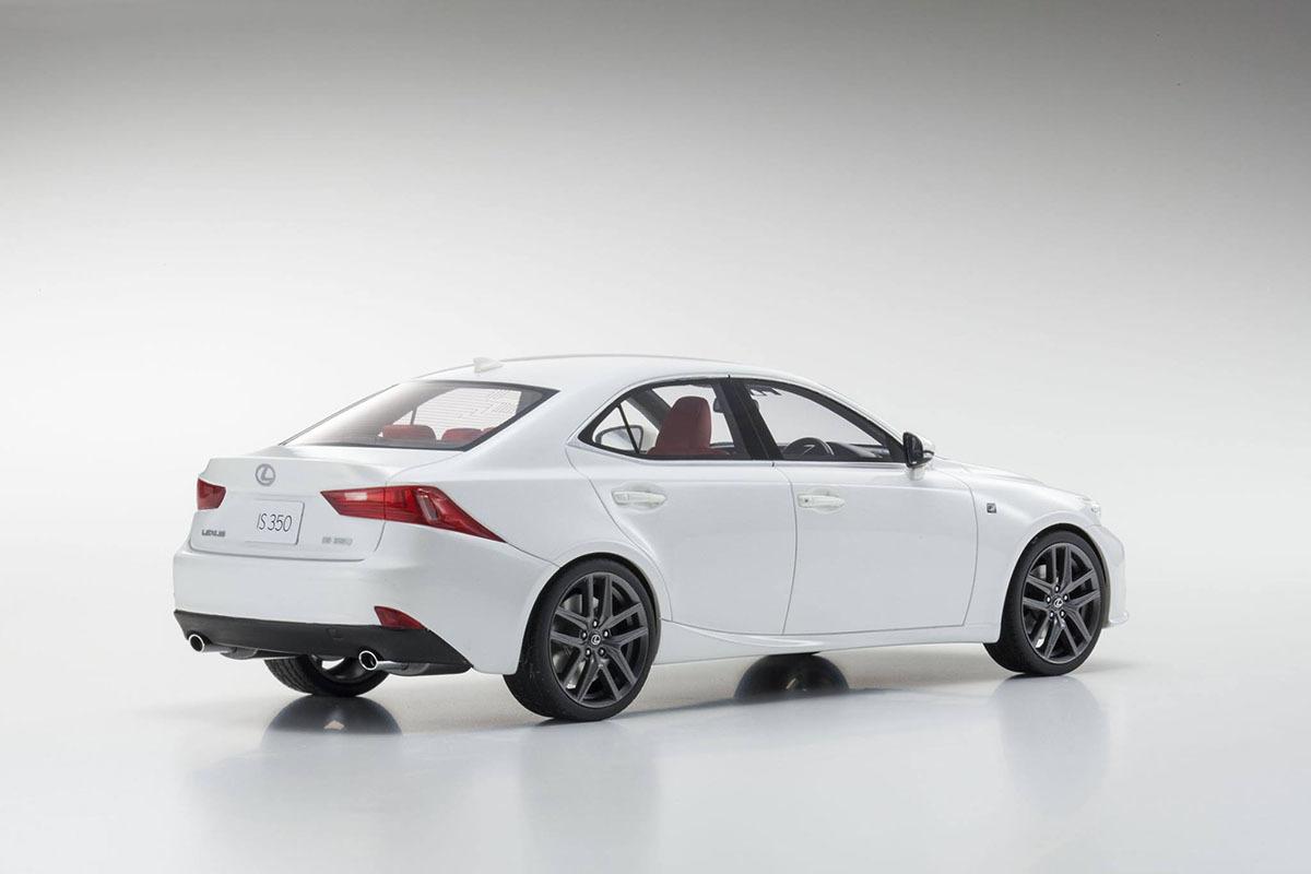 Коллекционная модель Lexus IS F Sport 2016