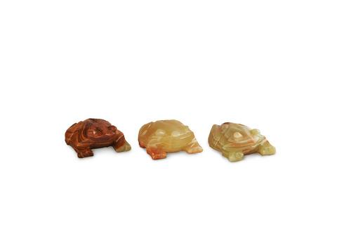 Лягушка из оникса средняя (8х6,5х2,5 см). Интернет магазин чая