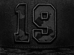 Бейсболка № 19 Snapback