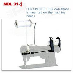 Фото: Устройство механической подачи тесьмы для зигзага MDL 31-4