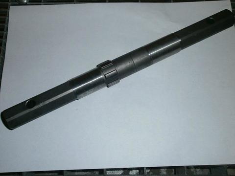 Вал редуктора DDE V700 II Кентавр 1/2 ведомый   (20608-T02401)