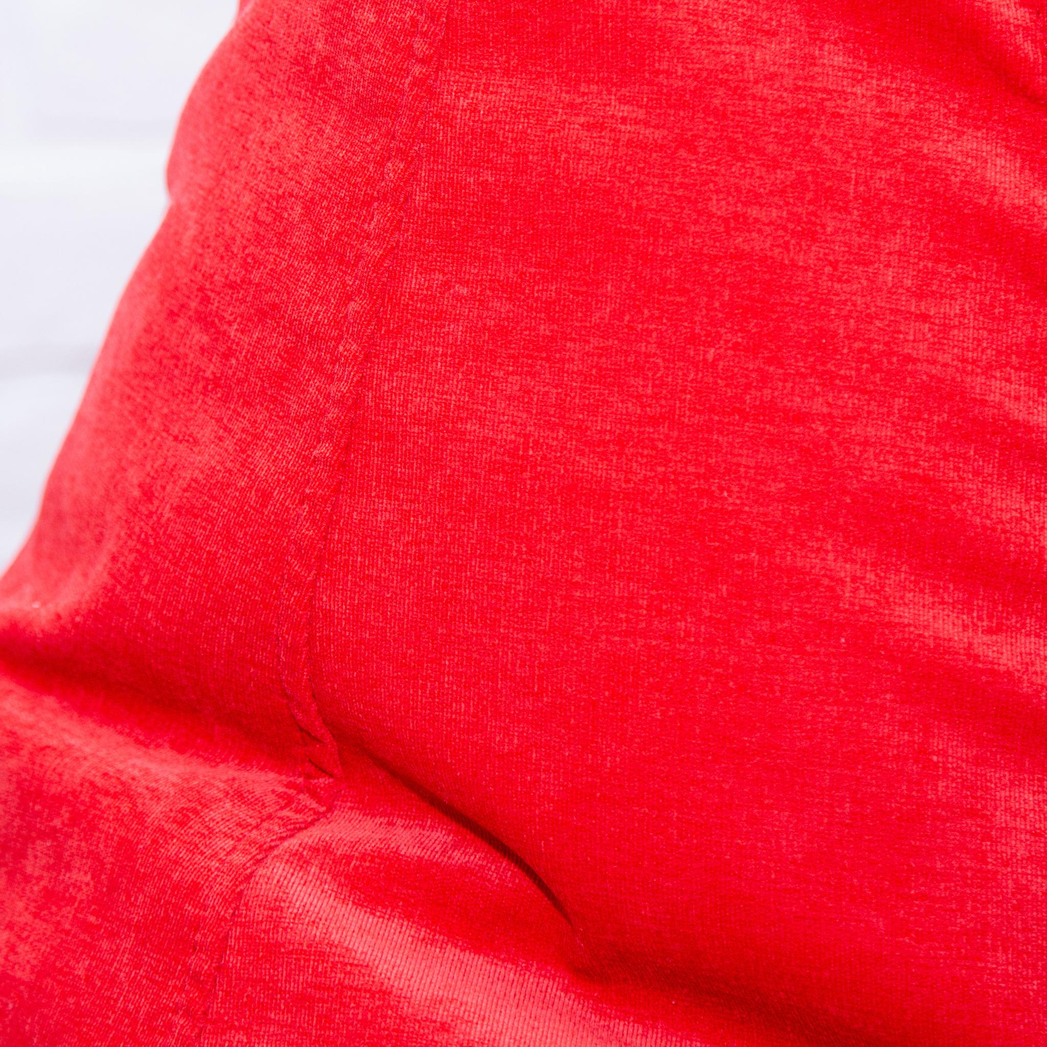 Груша M микровельвет (красная)