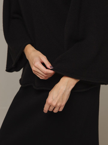Женский черный джемпер свободного кроя из 100% кашемира - фото 2
