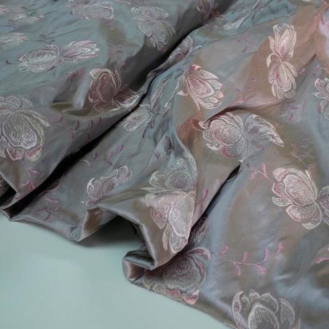 Шелк с вышивкой Soie Sauvage BOIS DE ROSE 3522