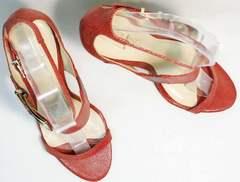 Открытые босоножки на каблуке с открытым носом Via Uno1103-6605 Red.