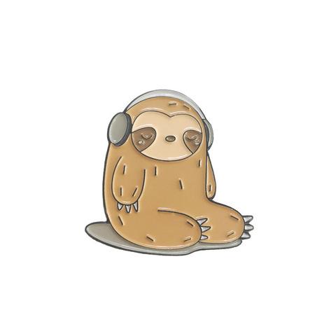 Значок, пін - Лінивець в навушниках