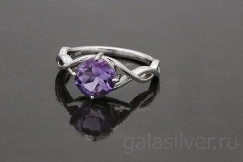 Кольцо с аметистом из серебра 925