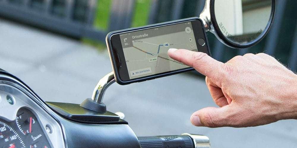 Набор креплений для смартфона на мотоцикл SP Connect Moto Mirro Bundle Universal на правом зеркале