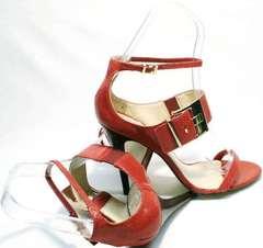 Классические босоножки женские на шпильке Via Uno1103-6605 Red.