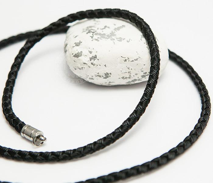 PL276-1 Плетеный шнур черного цвета из текстиля (55 см)