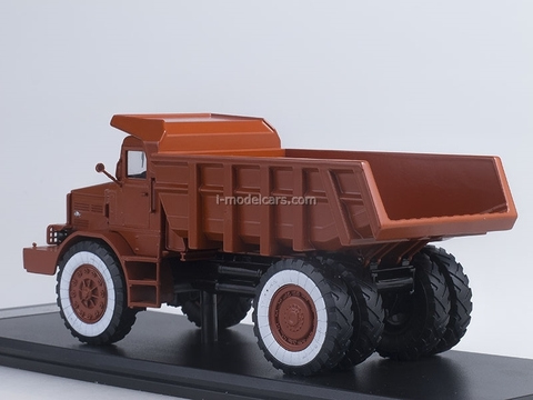 MAZ-525 Tipper 25 tons Exhibition 1:43 Start Scale Models (SSM)