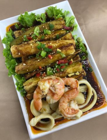 Морепродукты с баклажанами海鲜茄子(大)
