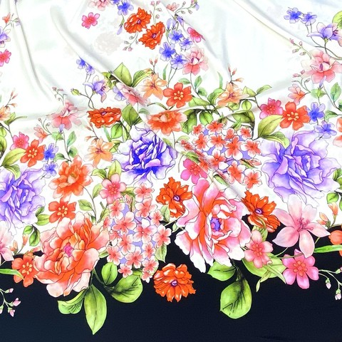 Ткань шелк матовый с эластаном купон цветы  с черным кантом 1090