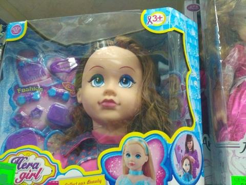 Набор для причесок - голова куклы и расчески