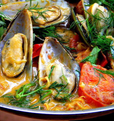 https://static-ru.insales.ru/images/products/1/4878/59839246/mussels_curry.jpg