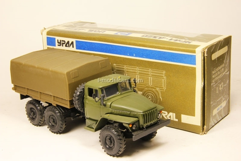 Ural-4320 with awning khaki (early) Elecon 1:43