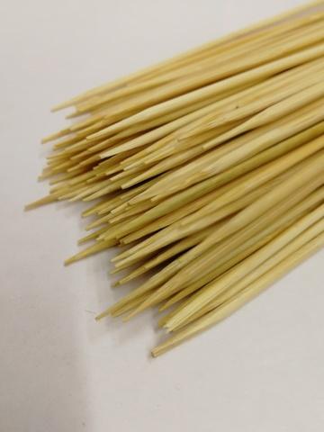 Деревянные шпажки (размер: H20 см х d2 мм), упаковка 100 шт.