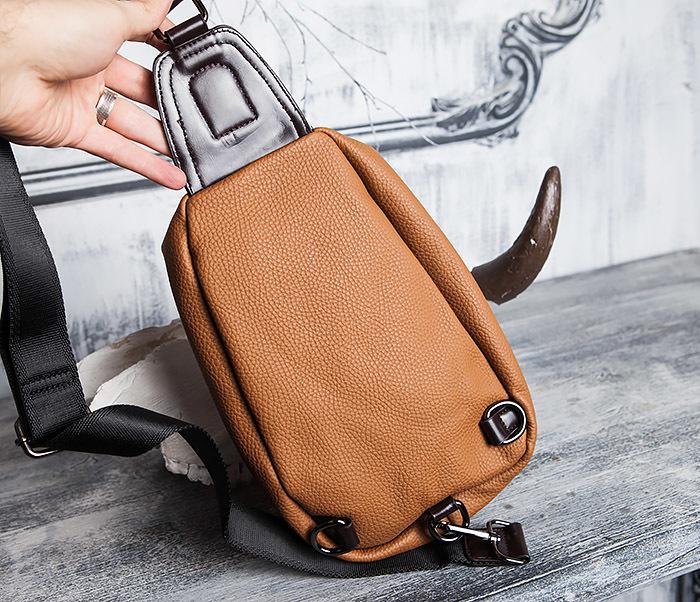BAG422-2 Мужская сумка из кожи за спину с одной лямкой фото 05