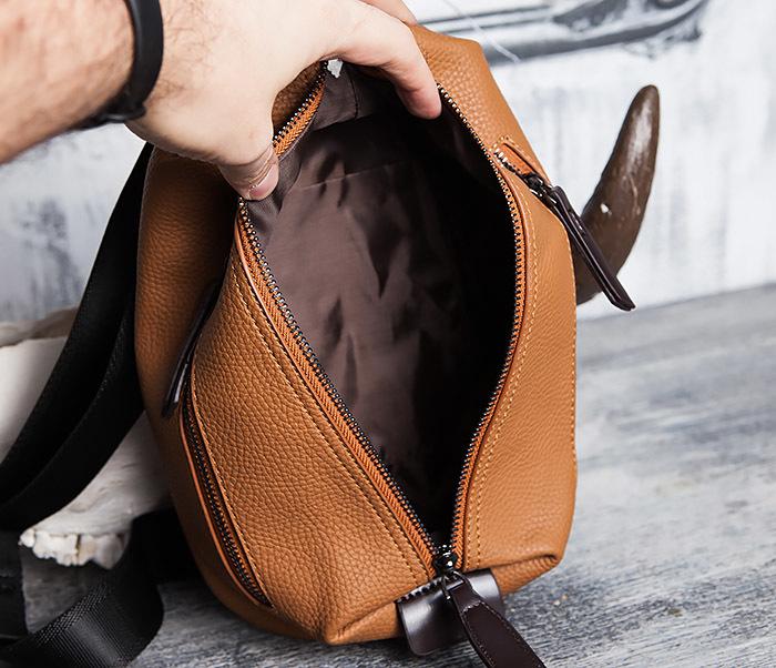 BAG422-2 Мужская сумка из кожи за спину с одной лямкой фото 08