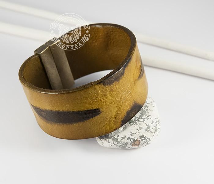 Фото - Яркий мужской браслет из натуральной кожи рыжего цвета (22 см) мужской браслет из кожи со стальной проволокой 20 см