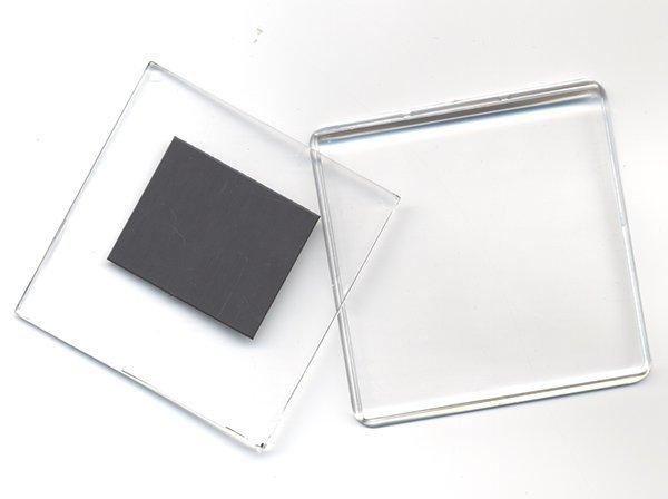 устройство для фотомагнитов представляла