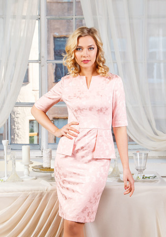 Фото облегающее розовое платье с коротким рукавом и баской - Платье З208б-327 (1)