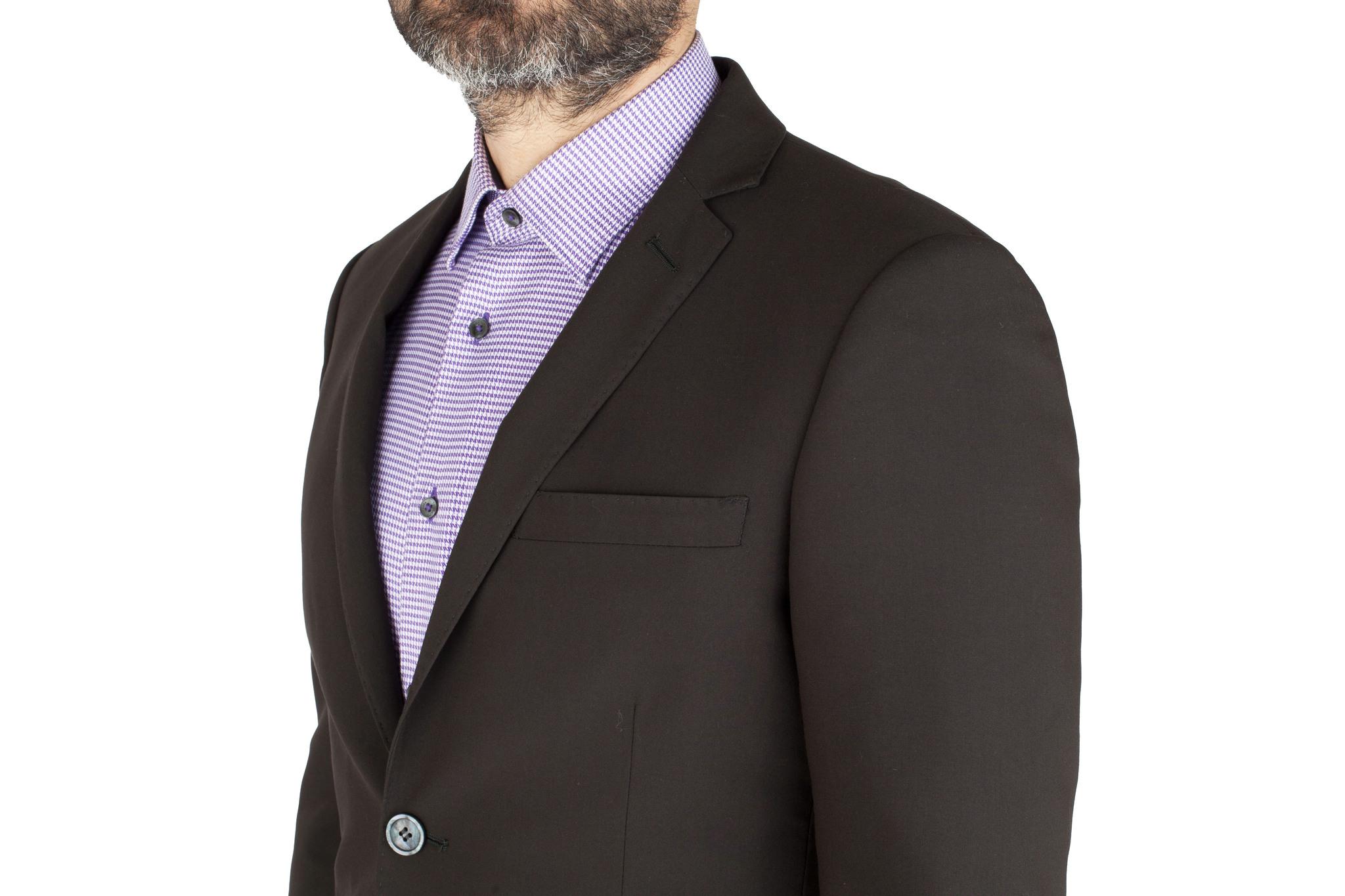 Чёрный шерстяной костюм, нагрудный карман