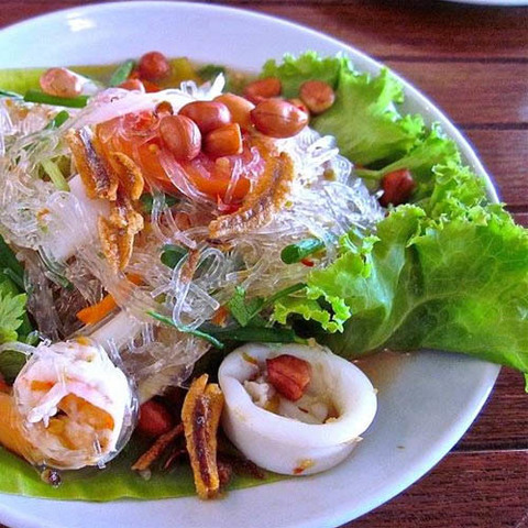 https://static-ru.insales.ru/images/products/1/4915/107795251/thai_noodle_salad.jpg