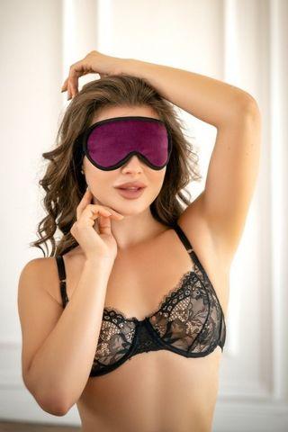 Фиолетовая сплошная маска на резиночке с черной окантовкой