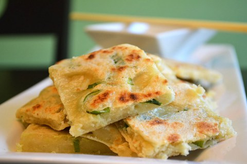 https://static-ru.insales.ru/images/products/1/4919/14422839/Chinese_Spring_Onion_Pancakes_last.jpg