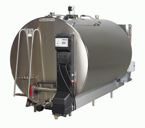 1600 литров   Танк охладитель молока Ведхолмс DF953